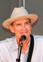 James Taylor Sings For Obama Campaign